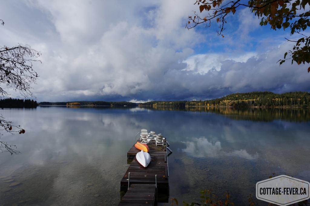 lake fall autumn
