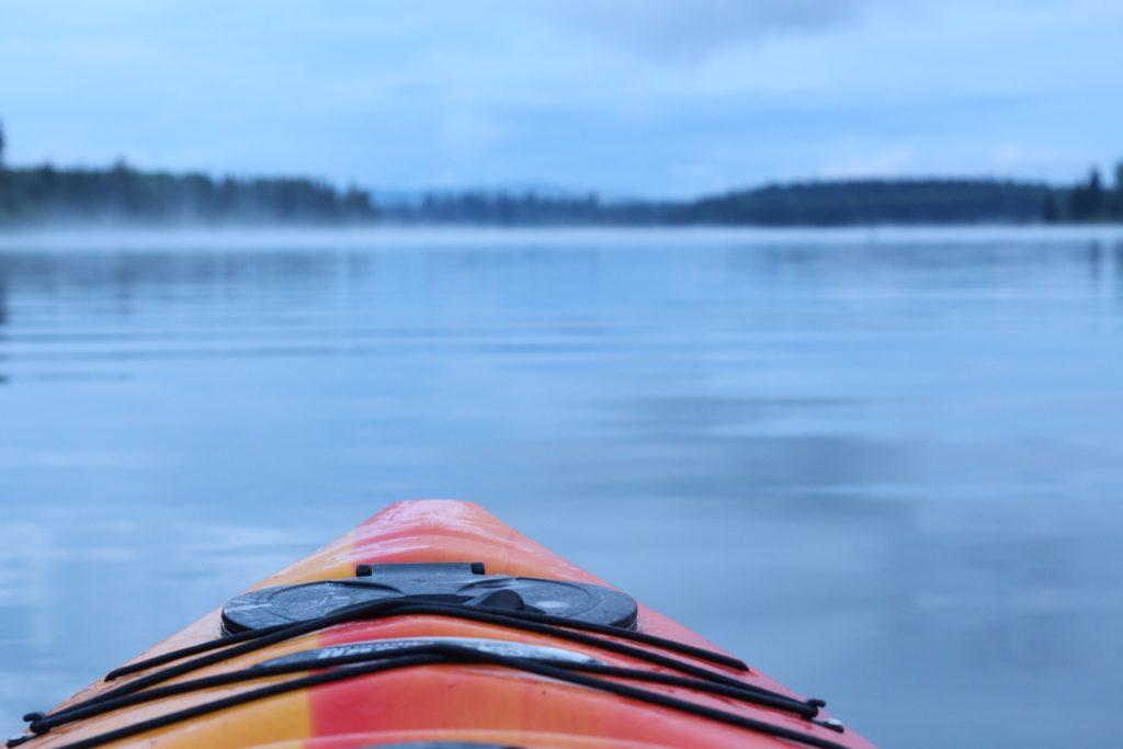 kayaking lake mist autumn
