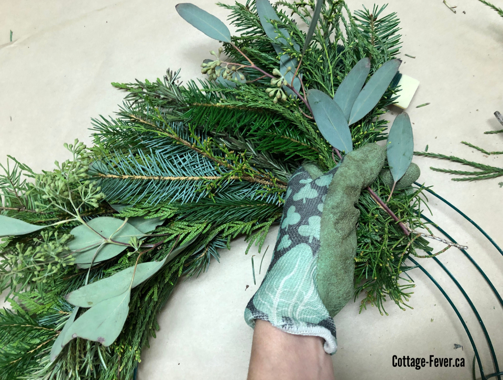 How to create a coastal inspired wreath